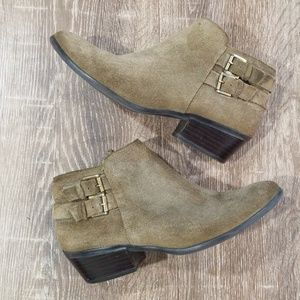 Sam Edelman Petal olive green suede ankle booties